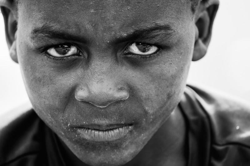 Literatura maurytyjska często wypowiada się na temat niewolnictwa. Isnieje wiele utworów poetyckich w języku kreolskim.