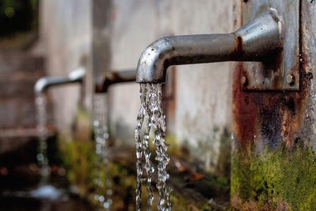 Czy na Mauritiusie można pić wodę z kranu? Woda pitna, tzw. kranówka na Mauritiusie jest silnie chlorowana.