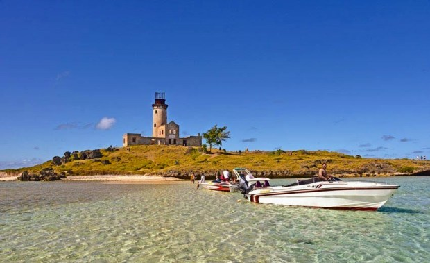 Zachowajcie szczególną ostrożność przy zwiedzaniu wysepek otaczających Mauritius.